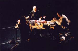 [Cloudchamber in concert 2002 with the Stranded Whale]